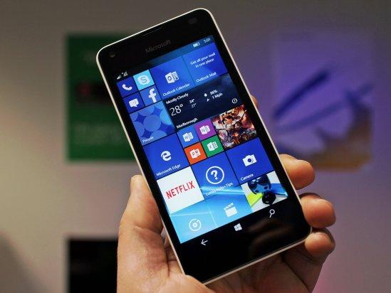 Microsoft Lumia 550 front