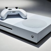 """New Xbox One S TV Ad Touts 4K Blu-Ray Player : """"Smaller, sleeker, sharper."""""""