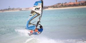 1_Cape_verdes_Sal_windsurf_holiday_windsurfing_action_800x533