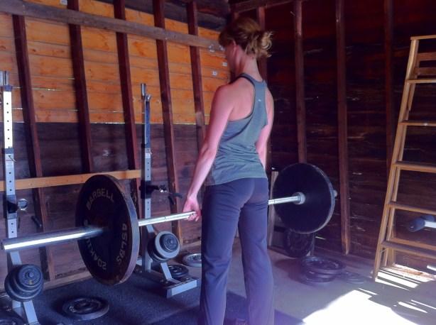 deadlift 135 girl lady lifter jennifer