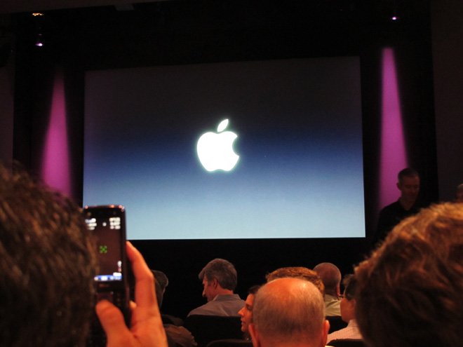 stage Lets Talk iPhone event: FIRST HOUR TRANSCRIPT