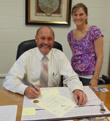Mayor Rick Chambers and Relay for Life Event Coordinator Samantha Sims