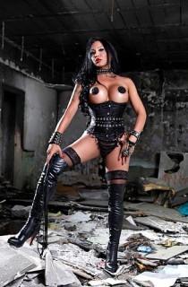 mistress tran fetish fortress