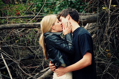 stylish hot couple kissing - photo #8