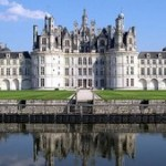 Top 10 Most Beautiful Royal Palaces in World