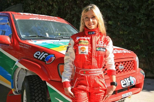 Top 10 Hottest Female Race Car Drivers
