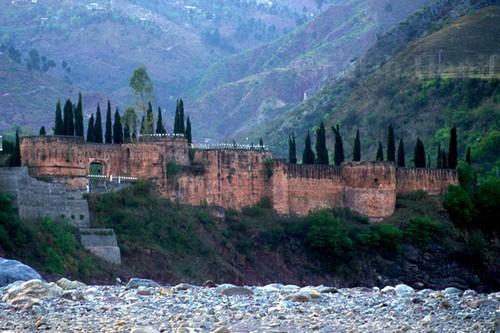 Famous Castles Read Fort
