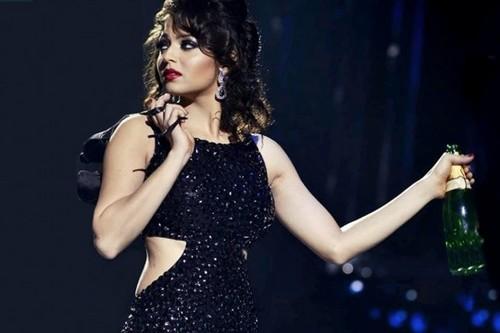 Drashti Dhami Hot Black Dress