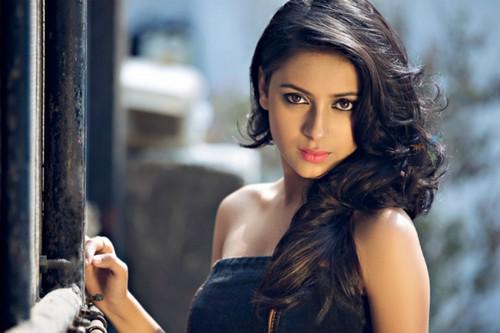 Hot TV Star Pratyusha Banerjee