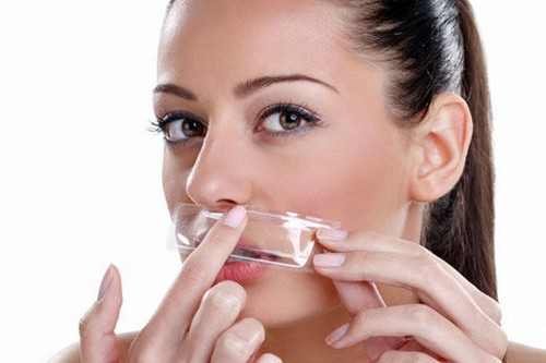 10 Natural Remedies to Get Rid of Unwanted Facial Hair