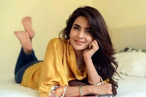 Hottest Pakistani Actresses Saba Qamar