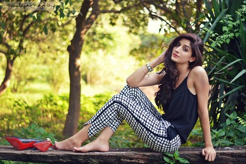 Mawra Hocane Hot Pakistani Actress