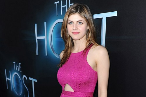 Alexandra Daddario hottest Hollywood actresses 2017