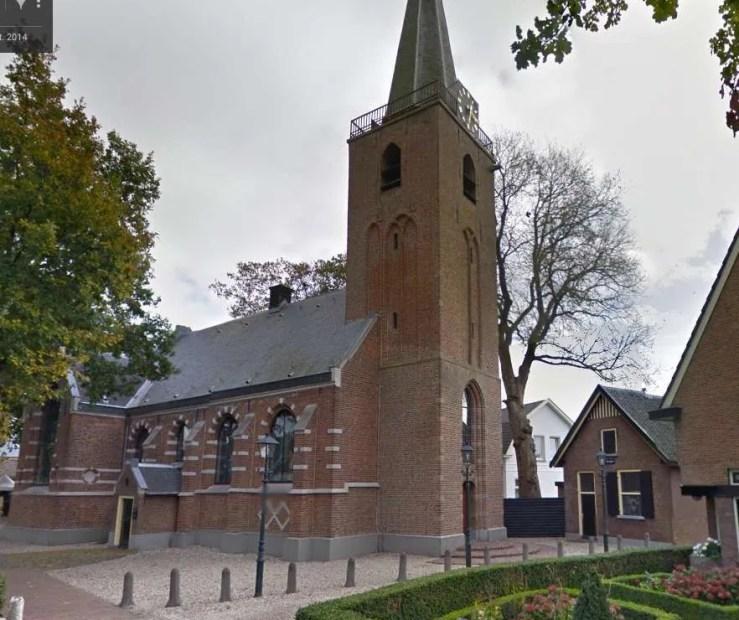 Maartensdijkse kerk iep: September 2015