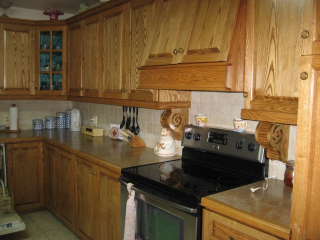 Here's the Bellavance's beautiful new kitchen -- handmade cabinets made of solid native oak.