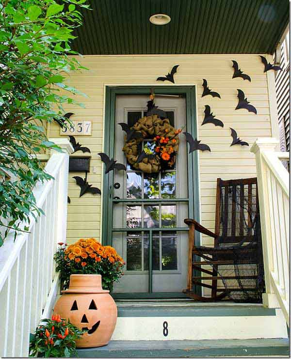 Top 41 Inspiring Halloween Porch D    cor Ideas   Amazing DIY  Interior     Halloween porch ideas 24