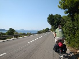 cycling in croatia on good roads