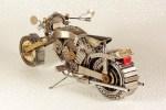 Motocicleta-hecha-con-partes-de-reloj_thumb.jpg