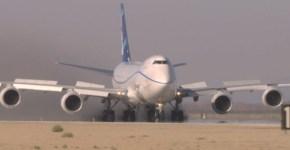 Boeing_747-8