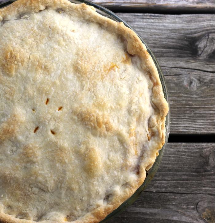 love pot pies! This Italian pot pie is not your normal pot pie, but ...