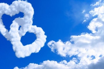 heart-shaped-clouds