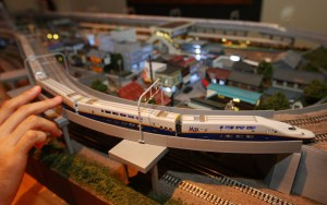 Model Train 04