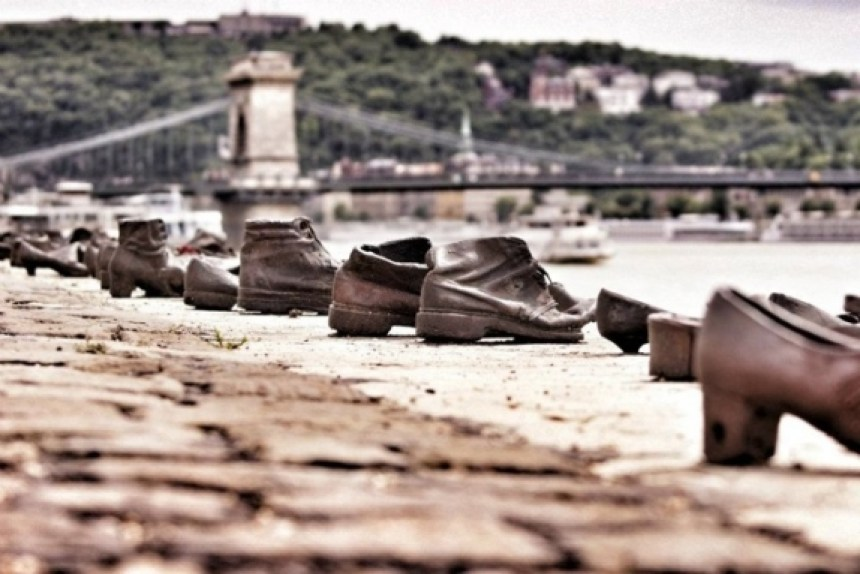 shoes-on-danube
