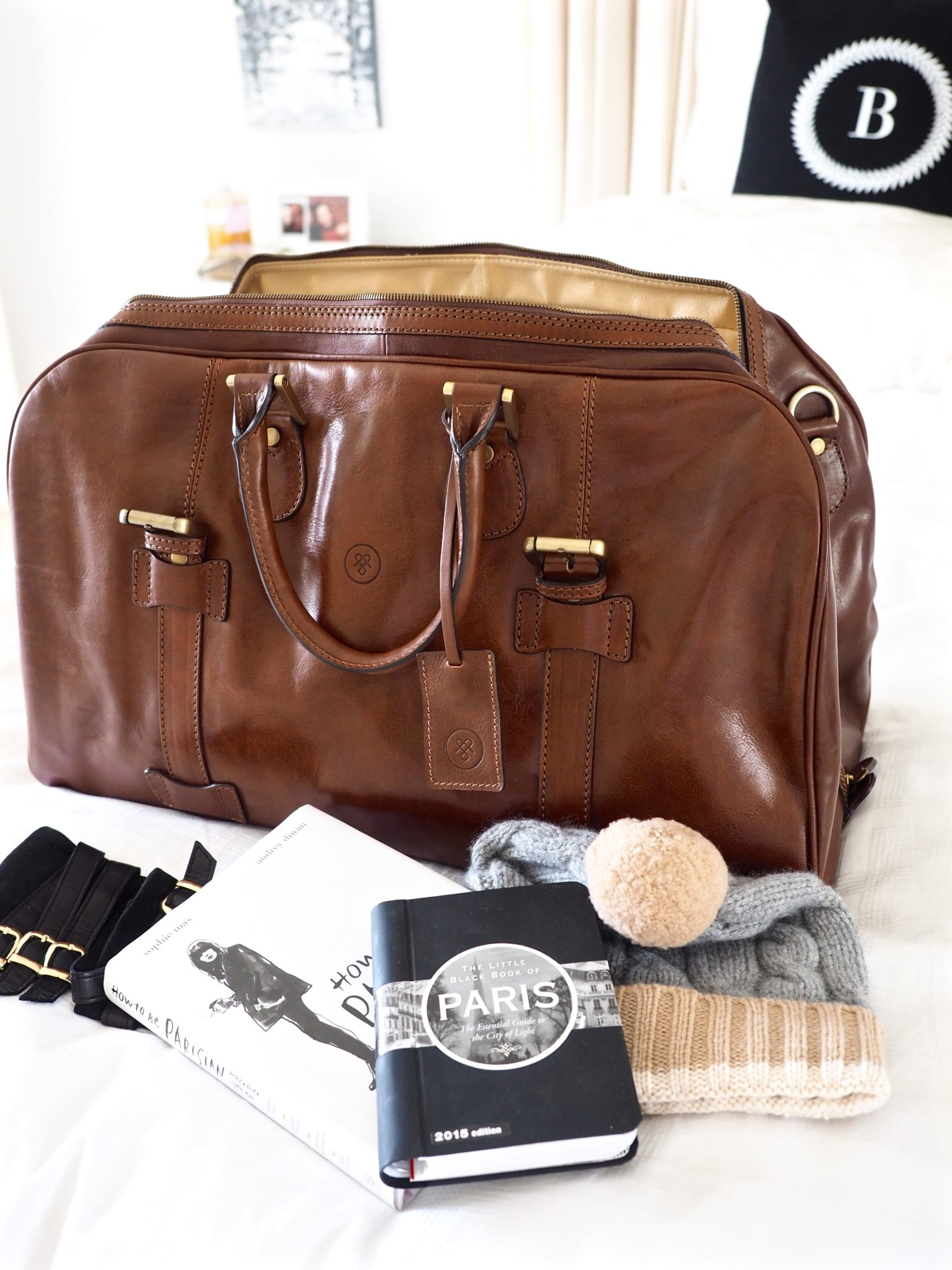 The Art of the Weekender Bag (plus a giveaway!)