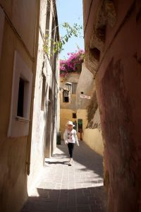 Chania - narrow alleyways - @World Travel Mama