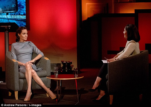 Angelina Jolie lectures EU on migrant crisis, tells Brits to reject Brexit