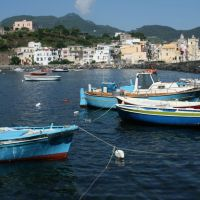 Italy: Wandering around the island of Ischia