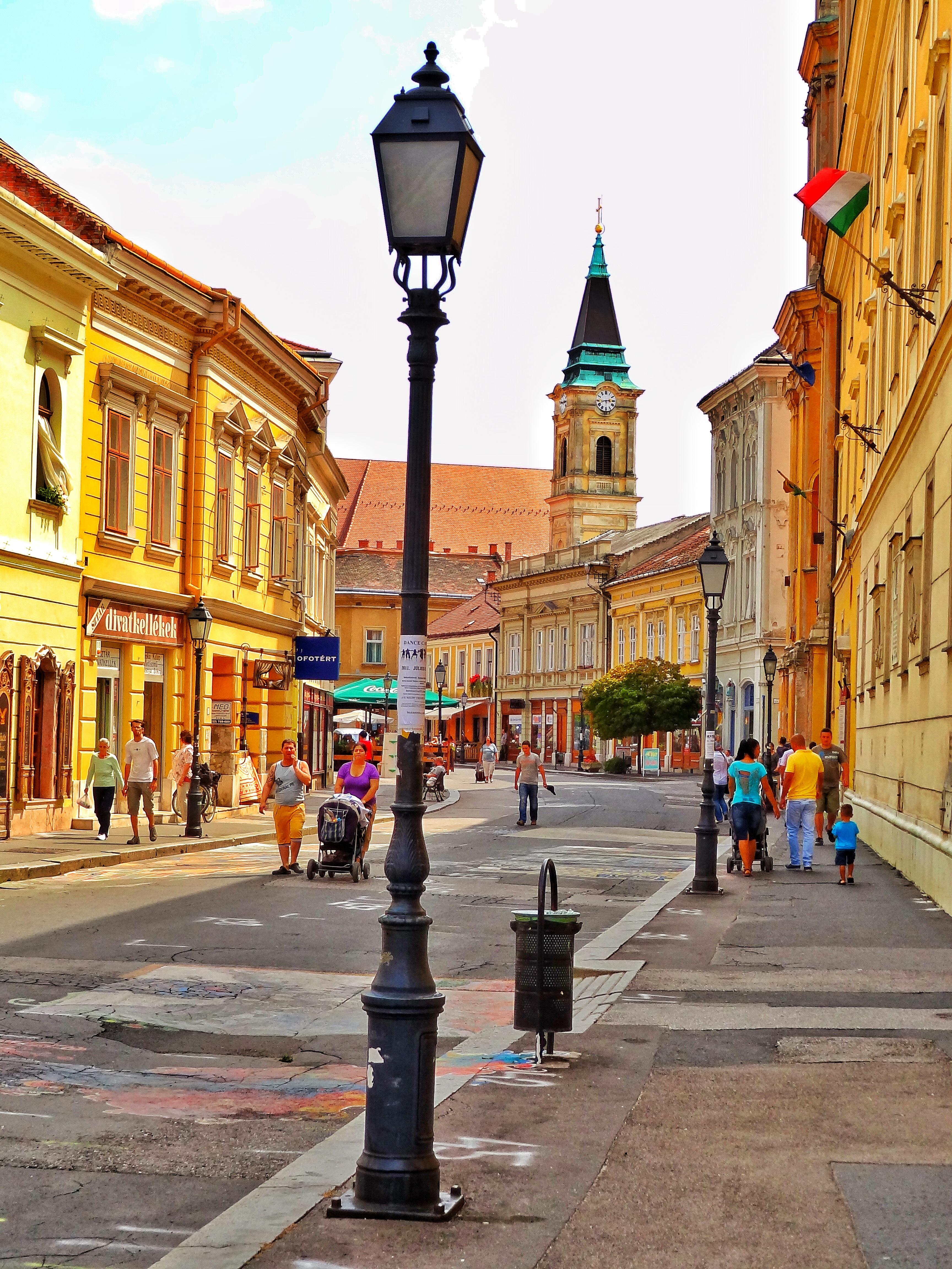 szekesfehervar guys Webbplats: wwwszekesfehervarhu: en staty av wathay ferenc stadens katedral  men blev inte huvudstad igen eftersom landet nu var under habsburgerna,.