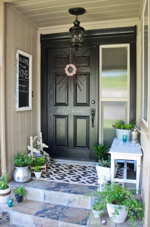 How To Decorate A Small Front Porch   Worthing Court Lots of charm on a small front porch