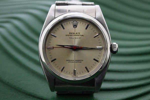 Rolex Tru Beat 6556 - Photo via London Watch Collection
