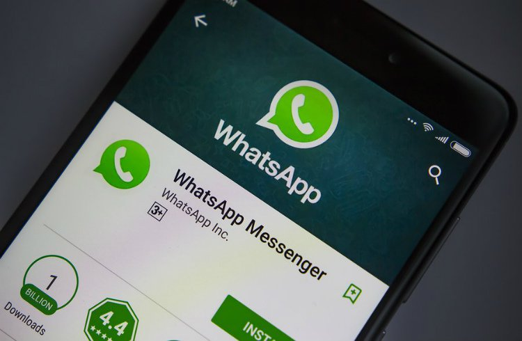 WhatsApp Now Sports a New Option to Rein in Group Chats   Xanjero new WhatsApp group setting