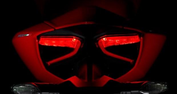 2012-Ducati-1199-Panigale-22