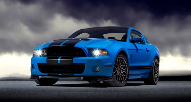**Embargoed until 12:01 a.m. EDT, Tue., Nov. 15, 2011.**  2013 Ford Shelby GT500: The New Shelby GT500 sets a performance-driven design standard with new downforce-generating front grilles, aggressive splitter, new quad exhaust system and two new forged-aluminum wheels. Also new for 2013 is a 5.8-liter supercharged V8 engine producing 650 horsepower and 600 lb.-ft toque.