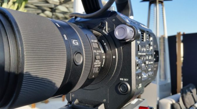 Make sure the dots are correctly aligned! PXW-FS7 MKII lens mount.