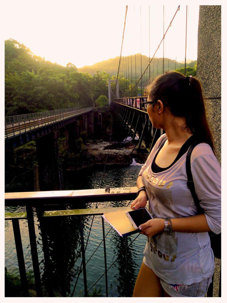 shifen-waterfall-10