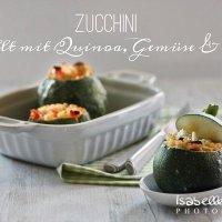 Food: Gefüllte Zucchini mit Quinoa, Gemüse & Feta