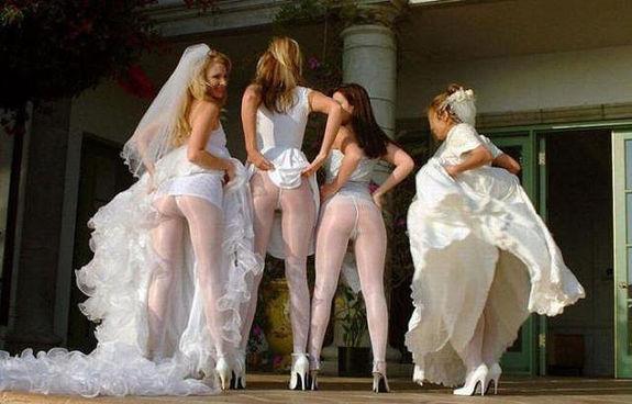 Голые подружки на свадьбе видео