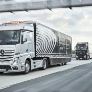 03.19.16 - Daimler Self-Driving Trucks