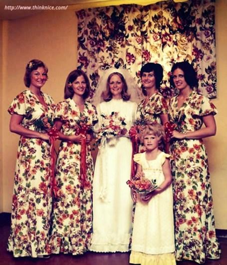 Drape-Dress-Funny-Wedding-Party-Photo