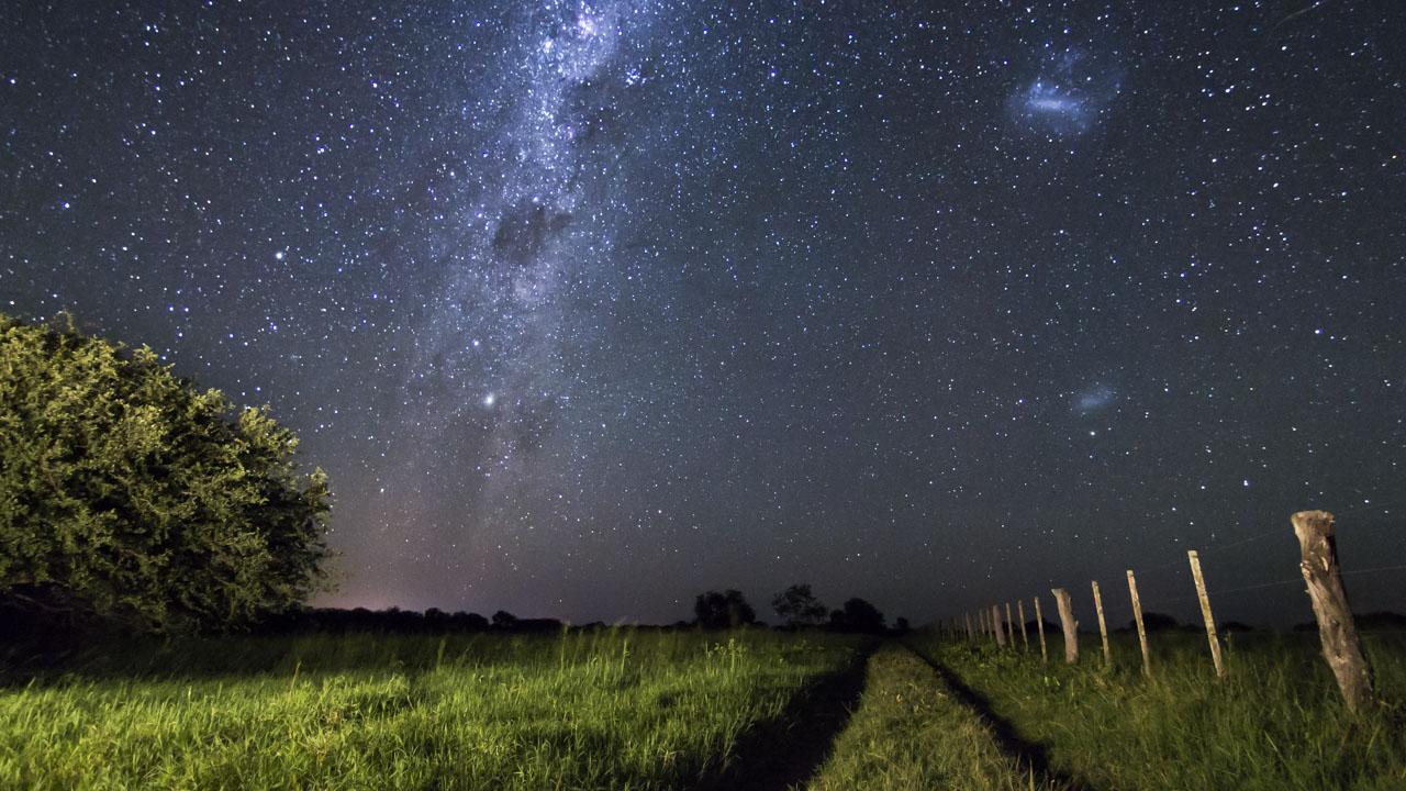 El atardecer y el cielo estrellado en una sola toma.