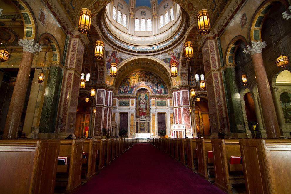 La Catedral de San Mateo Apóstol, terminada en 1913, fue sede de la misa del funeral de Estado de John F. Kennedy, el 25 de Noviembre de 1963. (Tetsu Espósito - Washington, Estados Unidos)