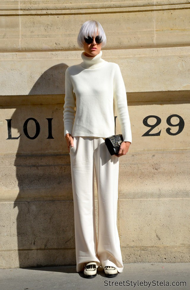 Linda Tol at Paris Fashion Week (c) streetstylebystela.com