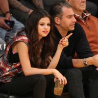 Selena Gomez Spotted Courtside At LA Lakers Game. What Are You Drinking Selena?