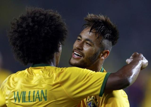 49982-neymar-e-willian_0