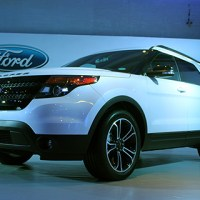 Ford announces all-new Explorer Sport with V6 engine