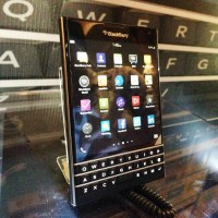 BlackBerry Passport officially launches in PH
